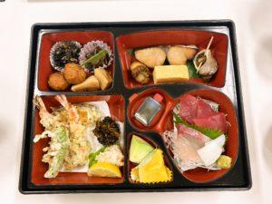 紅雀特撰弁当「松」前菜 / お造り / 焼物 / 揚げ物 炊き合わせ / 香の物 / フルーツ